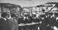 comisin-directiva-sca-visitando-las-obras-del-palacio-de-correos-1922